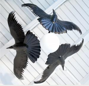 raven.chandelier.wood.sculpture